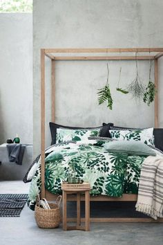 H&M's latest home collection is so affordable and is just chic upgrade that your living space needs to brighten up a bit. This palm tree leaf comforter is one of our favorites... #bedroomsdecor
