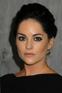 """""""The Hobbit: The Desolation of Smaug"""" Los Angeles Premiere held at The Dolby Theatre Sarah Greene, Beautiful People, Beautiful Women, Maya Ali, Elegant Sophisticated, Stunningly Beautiful, Event Photos, Cute Faces, Woman Face"""