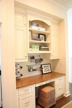 love the rail idea! White & Wood Office Nook - traditional - home office - other metro - gracefulvintage Kitchen Desk Areas, Kitchen Desks, Kitchen Office, Kitchen Nook, Kitchen Living, Space Kitchen, Organized Kitchen, Kitchen Storage, Living Rooms