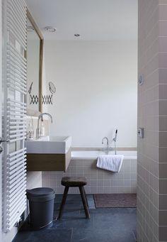 Upload je interieurfoto en geef je muren een andere kleur. Zo zie je of de badkamer of keuken met de kleur die je in gedachten hebt voldoet aan jouw verwachting voor je begint. www.kleurinspiratie.nl/verftool