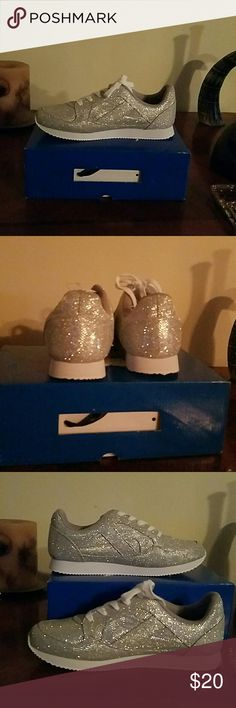 BRAND NEW SILVER SPARKLING TENNIS SHOES BRAND NEW SILVER SPARKLING TENNIS SHOES SHIEKH  Shoes Sneakers