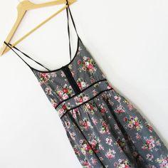 Sukienka kratka wiązanie na plecach Miso r.40