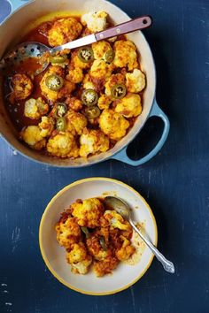 Cauliflower with Tomato Sauce (Gulpea): Florets of cauliflower are stewed in a fragrant garlic-laced tomato sauce of fried onion, spices, and jalapeño in this Afghan dish from Nawida Saidhosin, a home cook and teacher from New York's League of Kitchens. Vegetable Dishes, Vegetable Recipes, Vegetarian Recipes, Cooking Recipes, Healthy Recipes, Saveur Recipes, Cooking Fish, Whole30 Recipes, Healthy Eats