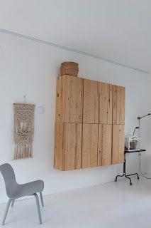 Mijn ervaring met Ikea IVAR. Ikea Ivar Shelves, Ikea Ivar Cabinet, Ikea Living Room, Living Room Storage, Ikea Furniture Hacks, Ikea Hacks, Ikea Units, Happy New Home, Blue Cabinets
