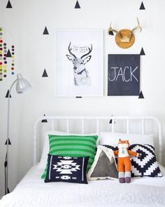 Stag & triangle graphic kids bedroom