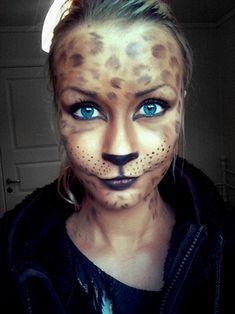 Cute Leopard Makeup/mask for Halloween! Tempting for Halloween Unique Halloween Makeup, Looks Halloween, Halloween Masks, Fall Halloween, Leopard Halloween, Halloween Stuff, Halloween Halloween, Vintage Halloween, Mascaras Halloween