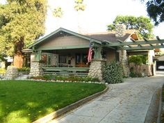 Redlands CA - next door to the big green house. the California Bungalow - makes me think of grandma's house!