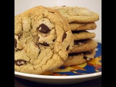 Giant Chocolate Chip Cookies recipe - YouTube