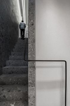 Trap natuursteen Ileana Makri Jewellery Store in Athens Greece by Kois Associated Architects - walls an stairs in beautiful Ceppo di Gre, an Italian natural stone Staircase Handrail, Interior Staircase, Stair Railing, Staircase Design, Terrazzo, Architecture Details, Interior Architecture, Stair Elevator, Stair Detail