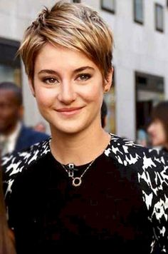 Best Hair Style Ideas Pixie Cuts That Make Women More Beautiful 14