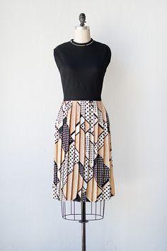vintage 1970s knit top printed pleat dress