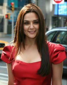 Indian Celebrities, Bollywood Celebrities, Bollywood Actress, Bollywood Stars, Bollywood Fashion, Pretty Zinta, Most Beautiful Indian Actress, Priyanka Chopra, Anushka Sharma