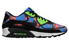 Nike has updated a fan favorite Air Max silhouette with a unique pop art look. The Air Max 90 Premium Tape is constructed with a fused textile upper, finished Nike Free Run 2, Nike Free Shoes, Nike Shoes Outlet, Air Max 90 Premium, Nike Online Store, Nike Air Max, Air Max 2009, Nike Free Trainer, Womens Golf Shoes