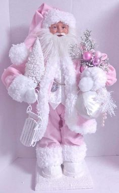 Pink Christmas Decorations, Santa Decorations, Pink Christmas Tree, Shabby Chic Christmas, Victorian Christmas, Christmas Lights, Vintage Christmas, Christmas Diy, Christmas Mantles