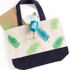 Create your own custom DIY Palms Tote Bag and Water Bottle. Crafted with the Martha Stewart paint and silkscreen Martha Stewart Paint, Martha Stewart Crafts, Palms, Create Your Own, Water Bottle, Reusable Tote Bags, Projects, Diy, Palmas