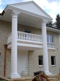 Säulen über zwei Geschosse /  Large Concrete Columns over two Floors