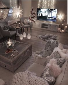 Comfortable and Cozy Living Rooms Ideas You Must Check! - Interior Remodel Comfortable and Cozy Living Rooms Ideas You Must Check! Living Room Themes, Cozy Living Rooms, Living Room Grey, Living Room Interior, Living Room Designs, Apartment Living, Cozy Apartment, Rustic Apartment, Apartment Ideas