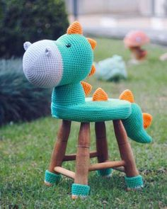 Crochet Dinosaur, Crochet Unicorn, Dinosaur Toys, Crochet Wool, Crochet Baby, Baby Sewing Projects, Crochet Projects, Crochet Dolls Free Patterns, Crochet Home Decor