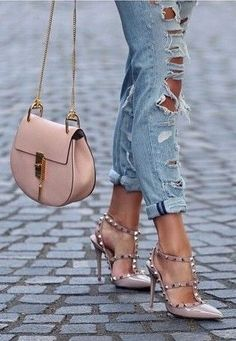 FOR STYLE INSPIRATION || Ripped denim jeans with Nude Valentino Rockstud Pumps and Chloe || NOVELA BRIDE...where the modern romantics play & plan the most stylish weddings...(Instagram: @novelabride) www.novelabride.com