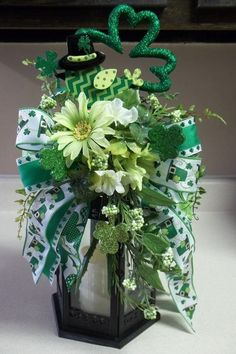 """TOP 'O The MORNING"" -  Decorative St. Patrick's Day Swag/Bow by DecorClassicFlorals on Etsy, $34.95"