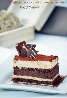 Chocolate cake and coffee mousse Hungarian Desserts, Romanian Desserts, Homemade Chocolate, Chocolate Recipes, Just Desserts, Delicious Desserts, Mousse Dessert, Mousse Cake, Cake Recipes