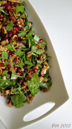 1 bundle of lamb ears 10 - 15 pieces . 1 bunch of lamb ears 10 - 15 dried figs 1 extracted pomegranate walnut-lemon juice and . Appetizer Salads, Appetizers, Zucchini Patties, Couscous Salad Recipes, Recipe Master, Dried Figs, Salad Ingredients, Meatball Recipes, Food And Drink