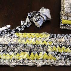 NobleKnits Knitting Blog: How to Crochet a Rag Rug Tutorial