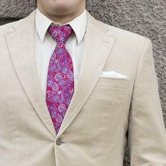28€ - Notch SIDDHARTA, Krawatte mit Paisleymuster auf karminroter Basis. Einstecktuch Notch JARMO