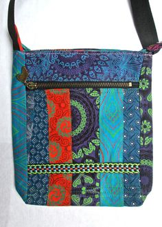 multipanelled shweshwe sling bag with Africa front zip with top zip closure. Fully lined inside. Diy Projects To Make And Sell, New Bus, Fabric Wallet, Sling Bags, Kitenge, Ivy, Diaper Bag, Amanda, Wallets