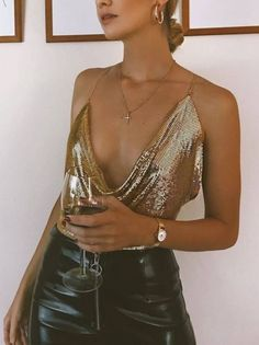 Gold Sugar Baby Rhinestone Top Featuring statement rhinestones fabric, this shiny crop top is a bang on trend and 'all eyes on you' addition to your wardrobe. Add bright stone jewelry for a holiday-perfect look. Source by sensitivemedia outfits Nye Outfits, Night Outfits, Casual Outfits, Fashion Outfits, Teen Fashion, Ibiza Outfits, Fashion 1920s, Vegas Outfits, Fashion Scarves