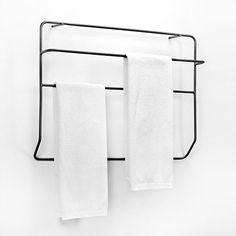Danmarks førende designbutik. Køb Serax wall towel rack hos designdelicatessen.dk. Hurtig levering. Vi gør det nemt og sikkert at handle på nettet.
