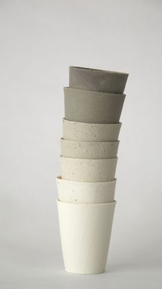 textured earthenware cups by Kirstie van Noort | #wabisabi