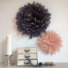 Feather, Wreaths, Halloween, Decoration, Home Decor, Homemade Home Decor, Quill, Decorating, Door Wreaths