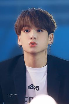 Find images and videos about kpop, bts and jungkook on We Heart It - the app to get lost in what you love. Bts Jungkook, Namjoon, Bts Bangtan Boy, Jung Kook, Busan, K Pop, Foto Bts, Jeongguk Jeon, Les Bts