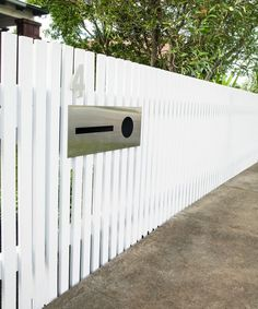 Ridiculous Ideas Can Change Your Life: Farm Fence Front Yard fence lighting pergolas.Concrete Fence Makeover decorative fence how to build. Front Yard Fence, Pool Fence, Backyard Fences, Front Yards, White Picket Fence, White Fence, Picket Fence Gate, Fence Gates, Horse Fence