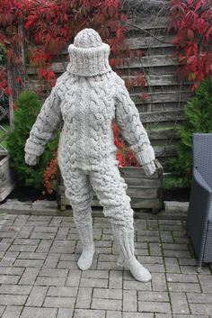 3.4 kg SCRATCHY WOOL *LAYER-CONDOM-CAT* FUMBLE CATSUIT with FIXED BALA, L-XL-XXL