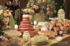 Decoração mesa do bolo rústica e delicada <3