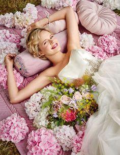 """ウエディング:ロマンティックが香る """"秘密の花園""""パーティー! VOGUE Wedding いちばんおしゃれなウエディングバイブル"""