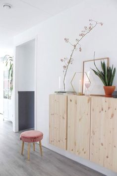 5 items to style the Scandinavian ivar cabinet from IKEA, plus some extra . - 5 items to style the Scandinavian ivar cabinet from IKEA, plus some extra useful tips and tricks to - Hippie Home Decor, Gothic Home Decor, Fall Home Decor, Home Decor Bedroom, Room Decor, Home Decor Quotes, Home Decor Pictures, Classic Home Decor, French Home Decor