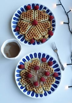 Healthy almond LCHF waffles