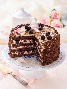 Tiramisu, Nom Nom, Cake Decorating, Cream, Ethnic Recipes, Sweet, Food, Decorations, Cakes
