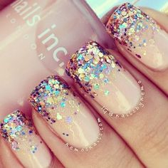This nails are glittery on the top of nails with easy light pink.