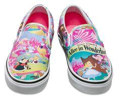 Vans X Disney: Coleção Young at Heart - Alice no País das Maravilhas.