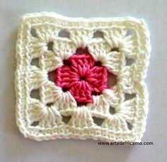 Granny Square 43 from When Granny Meets Filet. Granny Square Häkelanleitung, Crochet Square Blanket, Crochet Blocks, Granny Square Crochet Pattern, Crochet Squares, Crochet Granny, Crochet Blanket Patterns, Crochet Motif, Crochet Stitches