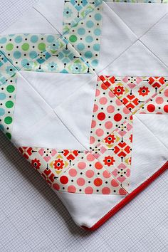 Zig Zag half square triangle quilt.  This would be so pretty made with vintage sheets!