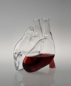 The Cuore decanter is a human heart carafe by designer Liviana Osti that will give you a new perspective on your favorite bottle of red wine. The two-chamber carafe is part of a student series at Bolzano University that explores tableware inspired by heal Water Carafe, Verre Design, Anatomical Heart, Human Heart, In Vino Veritas, Heart Shapes, Cool Stuff, Random, Drinks