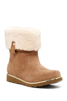 Callie Genuine Sheepskin Lined Boot (Little Kid & Big Kid)