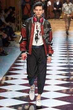 Dolce & Gabbana Spring 2017 Menswear Fashion Show - Akos