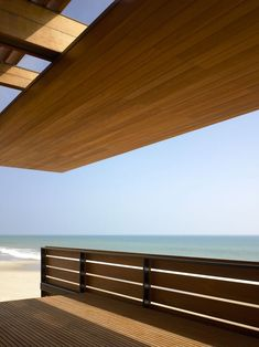 Malibu Beach House / Richard Meier & Partners Architects