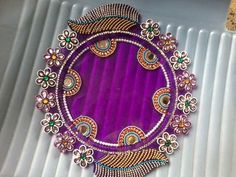 Thali Decoration Ideas, Diwali Decorations, Indian Wedding Decorations, Wedding Plates, Wedding Boxes, Hobbies And Crafts, Diy And Crafts, Acrylic Rangoli, India Crafts